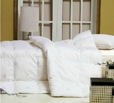 郑州床上用品批发市场供应羽绒被